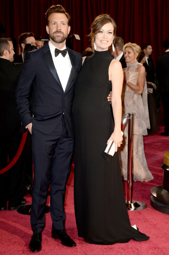 HOLLYWOOD, CA - MARCH 02: Actors Jason Sudeikis (L) and Olivia Wilde attend the Oscars held at Hollywood & Highland Center on March 2, 2014 in Hollywood, California.