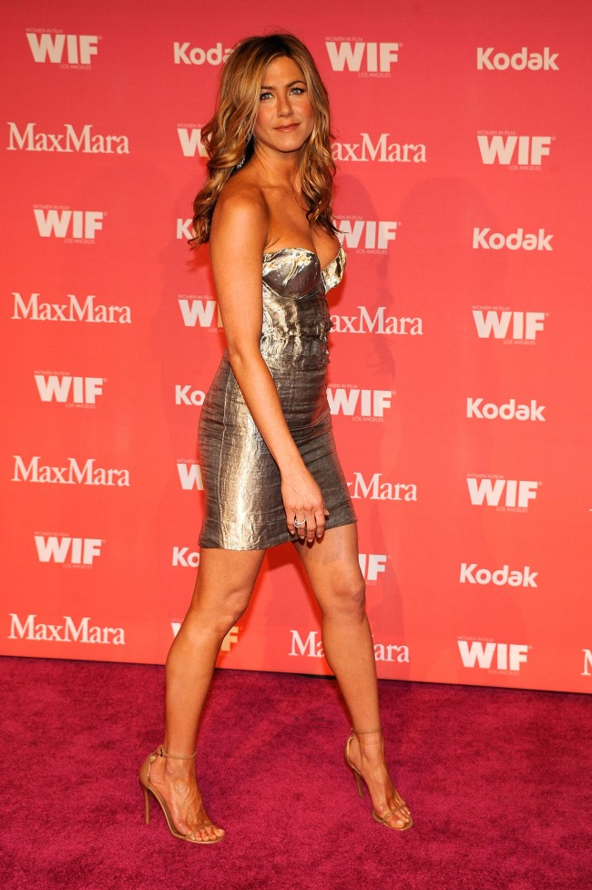CENTURY CITY, CA - JUNE 12: Actress Jennifer Aniston arrives at the Women In Film 2009 Crystal And Lucy Awards at the Hyatt Regency Century Plaza Hotel on June 12, 2009 in Century City, California.