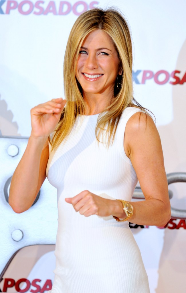 MADRID, SPAIN - MARCH 30: Actress Jennifer Aniston attends 'Exposados' (The Bounty Hunter) photocall at the Villamagna Hotel on March 30, 2010 in Madrid, Spain.