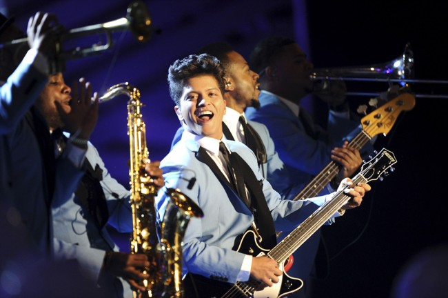 BELFAST, NORTHERN IRELAND - NOVEMBER 06: Singer Bruno Mars performs onstage during the MTV Europe Music Awards 2011 live show at at the Odyssey Arena on November 6, 2011 in Belfast, Northern Ireland