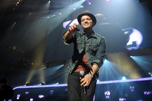 NEW YORK, NY - DECEMBER 10: Musician Bruno Mars performs during Z100's Jingle Ball 2010 at Madison Square Garden on December 10, 2010 in New York City