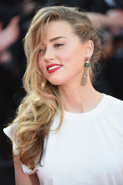 Amber Heard Sex Porn Captions - 45 interesting facts about Amber Heard: Collects classic ...