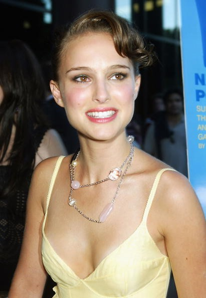 LOS ANGELES - JULY 20: Actress Natalie Portman arrives at the premiere of Fox Searchlight Pictures' 'Garden State' on July 20, 2004 at the Directors Guild, in Los Angeles, California.