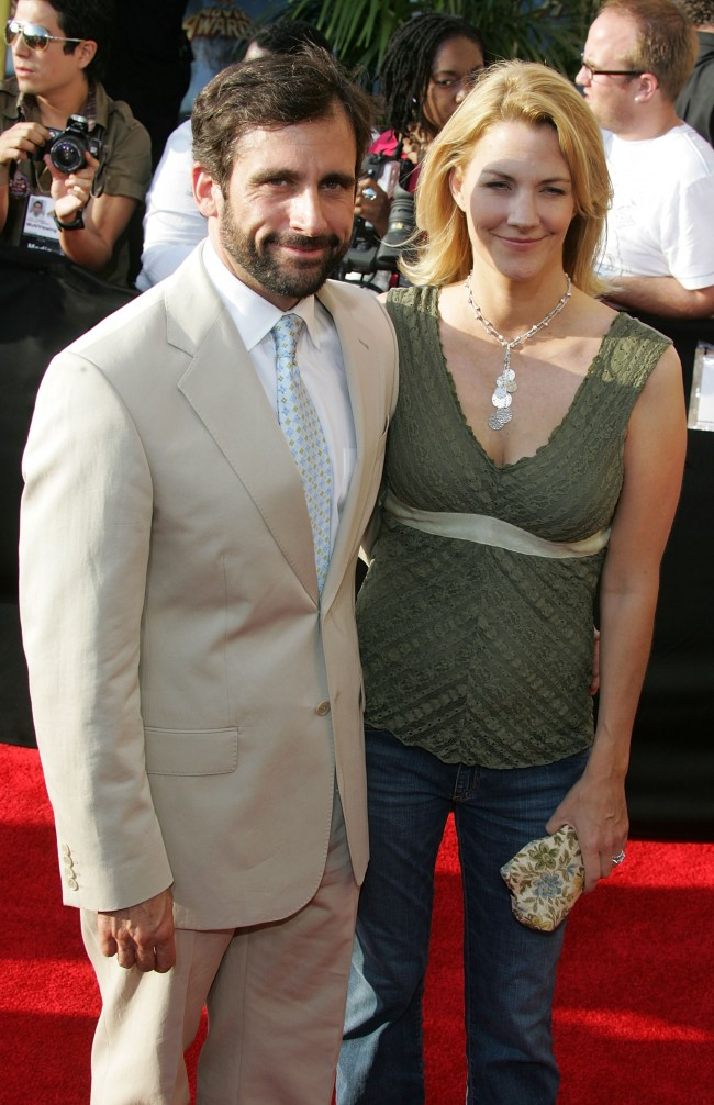 LOS ANGELES - JUNE 4: Actors Steve Carell and wife Nancy Walls arrive to the 2005 MTV Movie Awards at the Shrine Auditorium June 4, 2005 in Los Angeles, California. The 14th annual award show will premiere on MTV Thursday, June 9 at 9:00PM (ET/PT).
