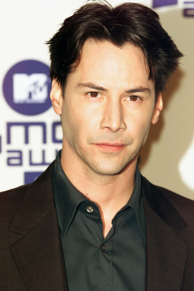Keanu Reeves at MTV Movie Awards 2000 held at the Sony Pictures Studio, in Culver City, CA on June 03, 2000.