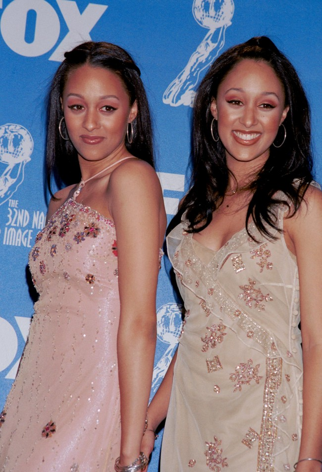 Actresses Tia and Tamera Mowry attends the 32nd Annual NAACP Image Awards March 1, 2001 in Universal City, CA.