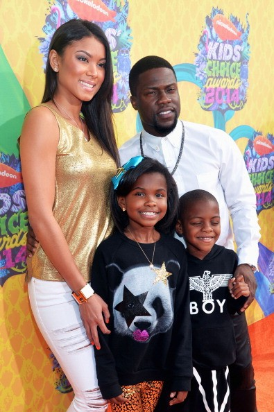 Actor Kevin Hart (R) and family attend Nickelodeon's 27th Annual Kids' Choice Awards held at USC Galen Center on March 29, 2014 in Los Angeles, California.