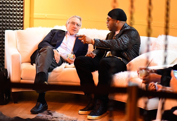 Actors Robert De Niro (L) and LL Cool J attend Spike TV's Guys Choice 2015 at Sony Pictures Studios on June 6, 2015 in Culver City, California.