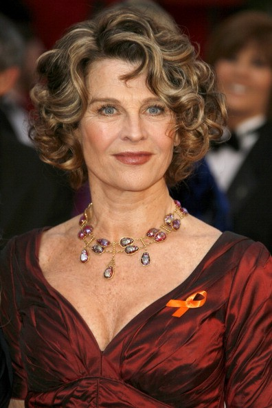 Actress Julie Christie attends the 80th Annual Academy Awards at the Kodak Theatre on February 24, 2008 in Los Angeles, California.
