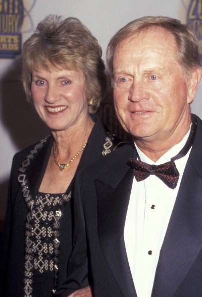 Athlete Jack Nicklaus and wife Barbara Bash attend 20th Century Sports Awards on December 2, 1999 at Madison Square Garden in New York City.