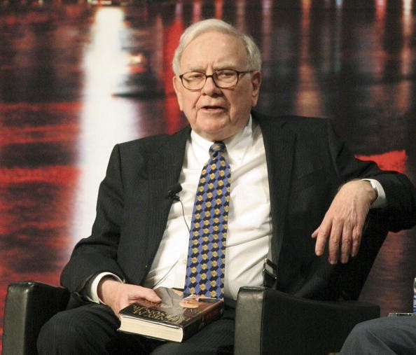 Warren Buffett, chairman and chief executive officer of Berkshire Hathaway Inc., speaks during a book promotion event with former U.S. Treasury Secretary Henry Paulson, in Omaha, Nebraska, U.S., on Tuesday, Feb. 9, 2010. Paulson said the U.S. government will be repaid for 'every penny' of the funds it put into the country's banks.