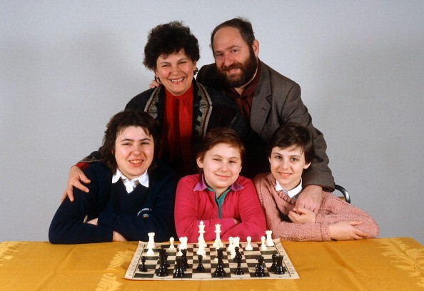 The Polgar family (forefront: Sofia, Judith, and Susan; parents: Klara and Laszlo) are photographed July 8, 1992 in New York City.