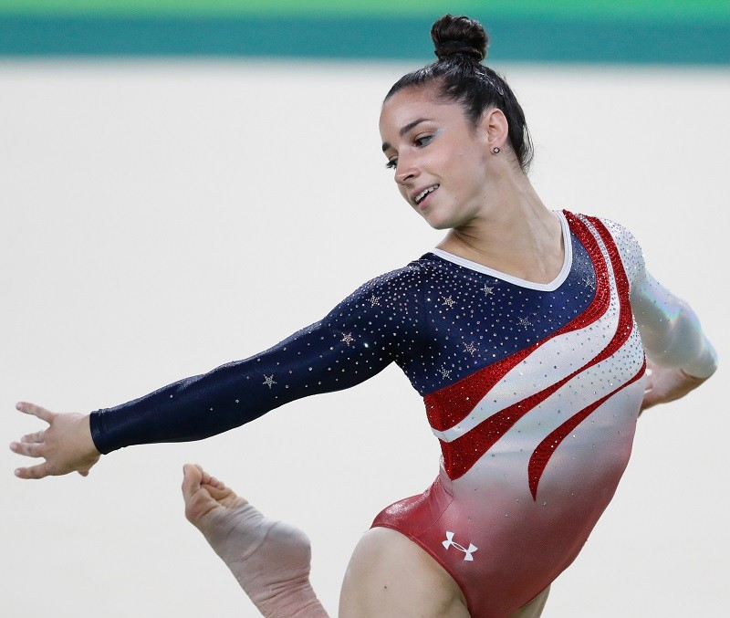 Aly Raisman Shows Off Her Crazy Sexy Ab Muscle