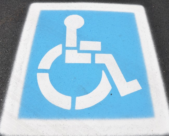 Disabled parking sign (Source: Flickr/ bobosh_t)