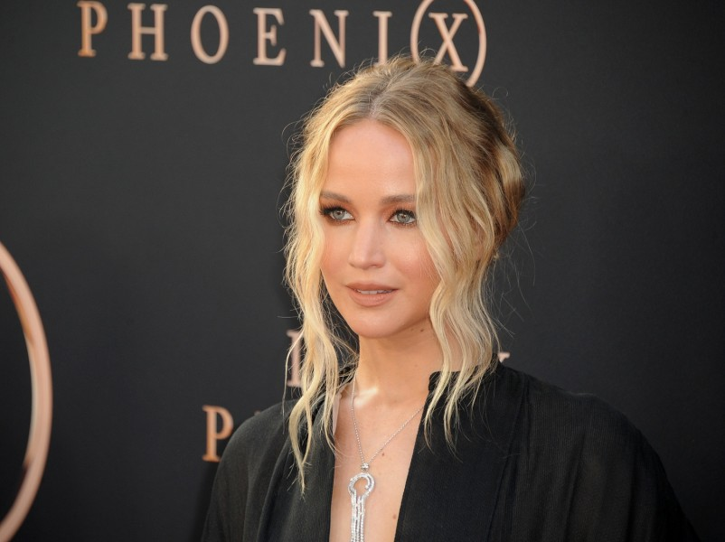 Jennifer Lawrence's Luxurious Wedding Wows Fans