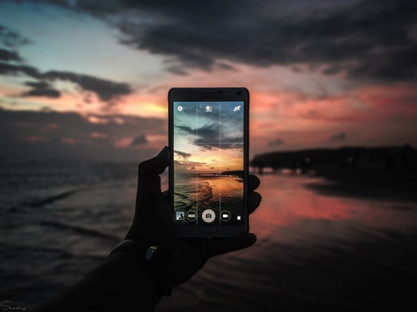 5 Smartphones With Good Camera on Amazon