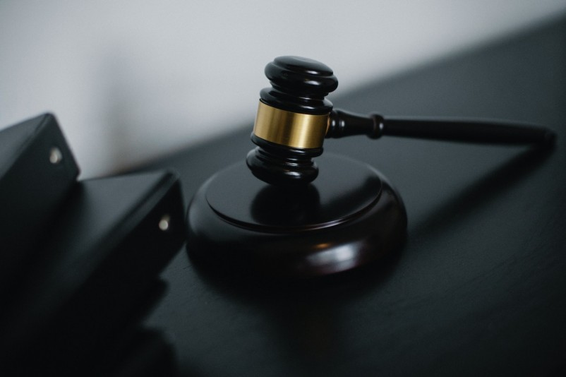 4 Ways Your Life Can Change When You Hire a Criminal Defense Lawyer