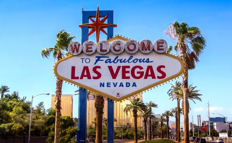 Bring The Magic Of Las Vegas To Your Home With The Magic Of Online Slots