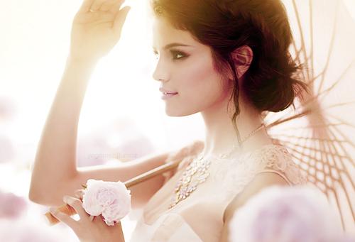 Selena Gomez (Source: Tumblr.com)