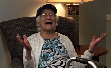 108-year-old Cubs fan celebrates 2nd title of her lifetime