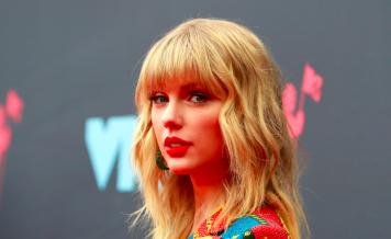 Taylor Swift at the VMA's